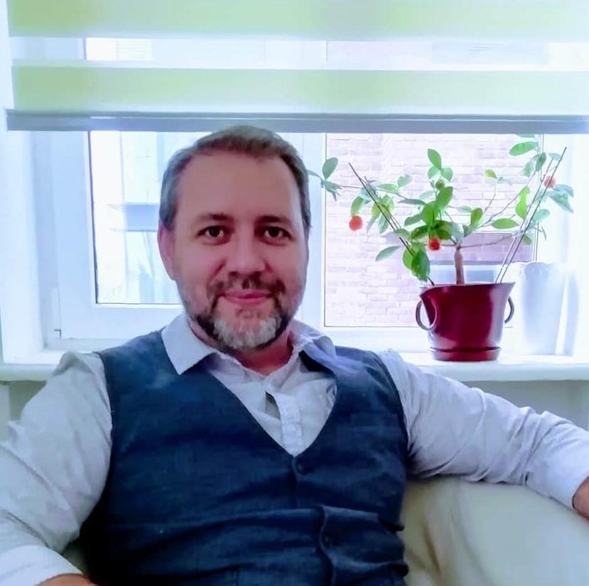 Daniel Stoica